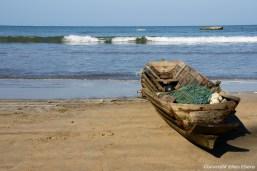 Chauntha Beach, fishing boat