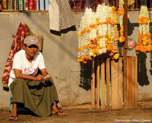 Yangon, street life