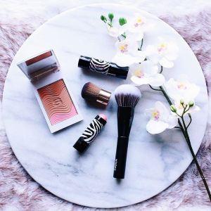 SISLEY  De perfecte makeup producten voor de zomerhellip