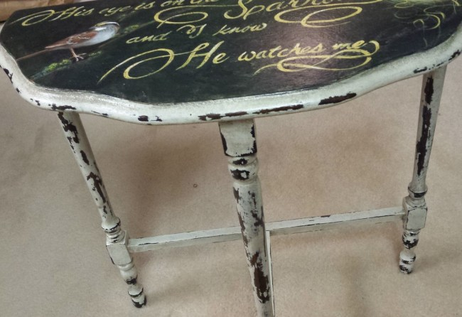 Love this pretty little table! Handpainted with a White Troated Sparrow, nest with eggs and the refrain from a favorite old hymn. http://www.ellenleigh.com/hand-painted-bird-artwork/