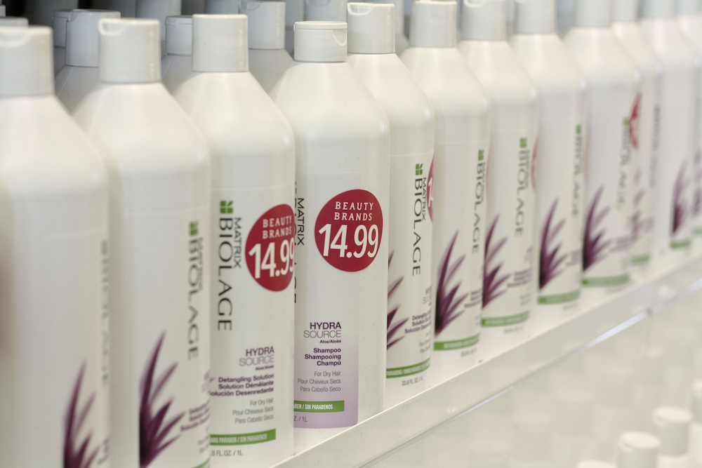 How Busy Moms Shop For Hair Care - Stock up on all the top salon quality shampoo and conditioner at the Beauty Brands Liter Sale!