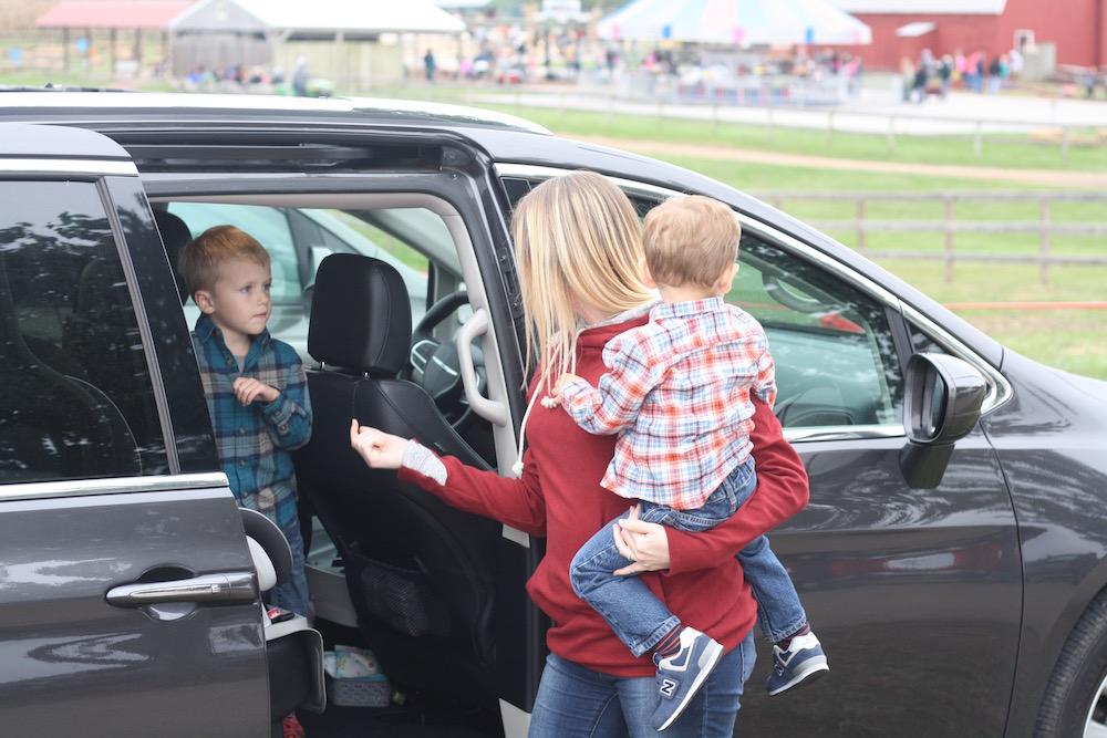 Saving For A New Car with COUNTRY Financial - St. Louis family and lifestyle blogger Liz from Ellie And Addie