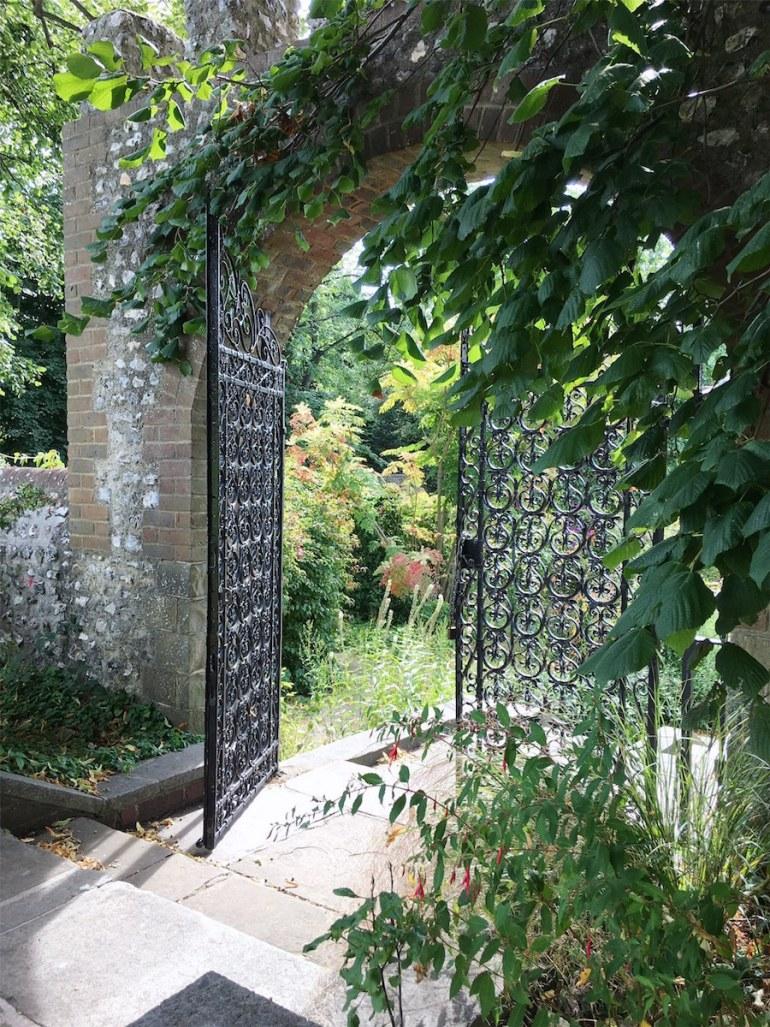preston manor walled garden brighton
