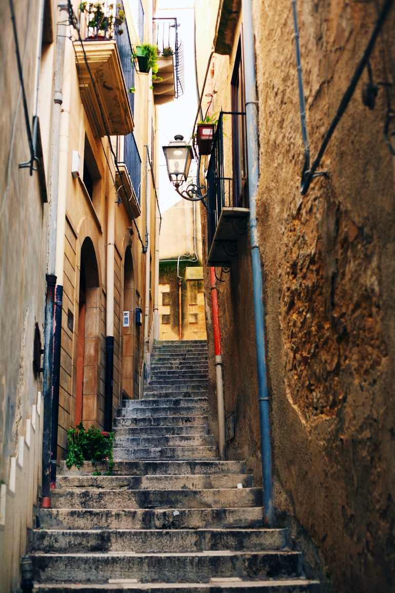 steps in salemi