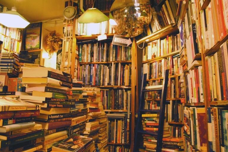 the abbey bookshop paris hidden gem