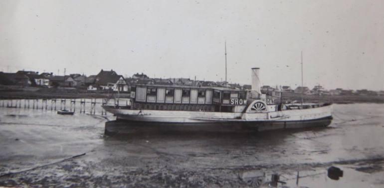 the showboat floating nightclub shoreham