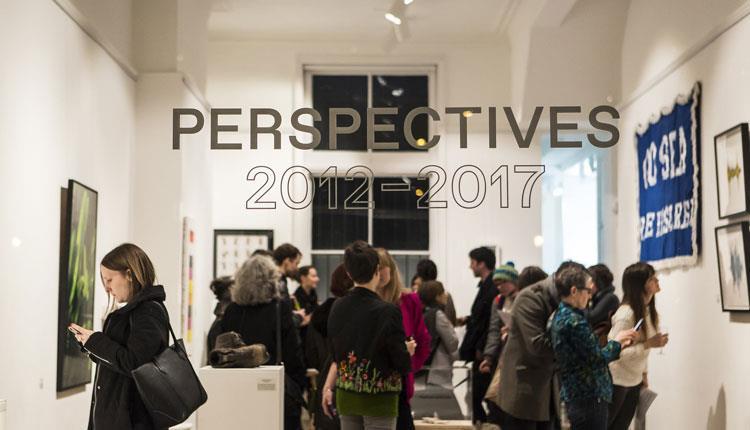 people in gallery