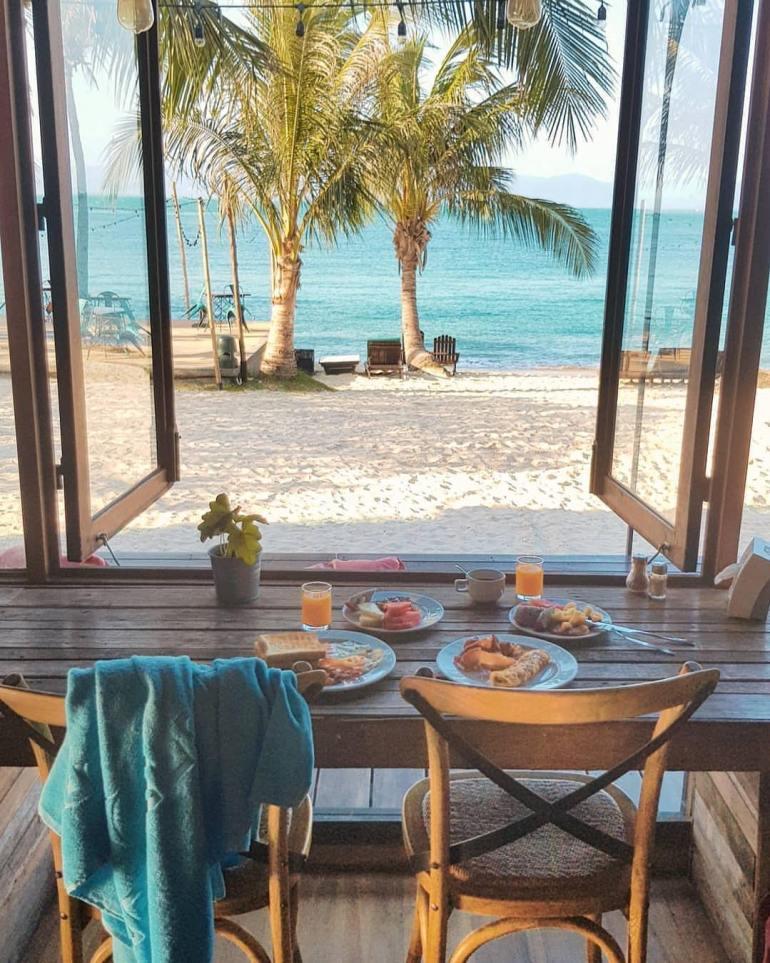 breakfast on koh phangan