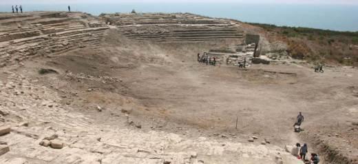 Τουρκία: Αρχαιολόγοι αποκάλυψαν αρχαιοελληνικό αμφιθέατρο