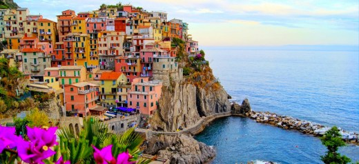 Ένα ελληνικό νησί βρίσκεται στα 14 πιο πολύχρωμα μέρη στην Ευρώπη