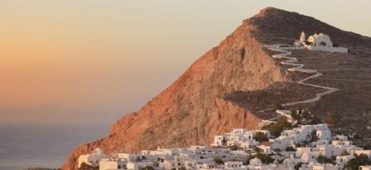"""Το πιο """"ελληνικό"""" νησί των Κυκλάδων"""