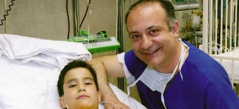 """Τα """"χρυσά"""" χέρια της παιδικής καρδιοχειρουργικής"""