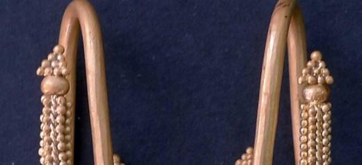 Χρυσά κοσμήματα σε ασύλητο τάφο του 8ου π.Χ. αιώνα