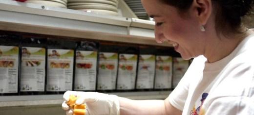 Παράγει βιολογικές βρεφικές τροφές στην Αλάσκα