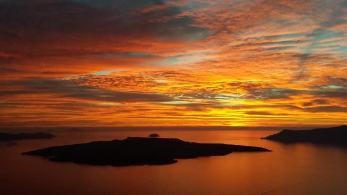 Ένα ελληνικό νησί στο top 10 για μήνα του μέλιτος στην παραλία