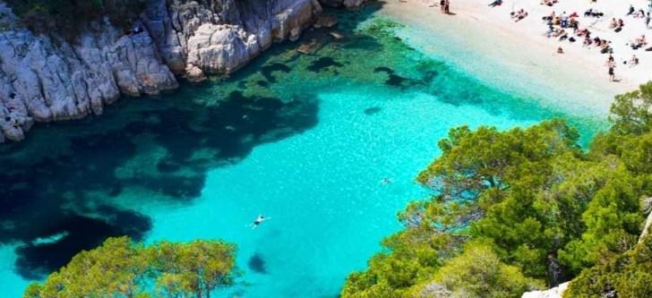 3 ελληνικές παραλίες στις καλύτερες της Ευρώπης για τον Μάιο