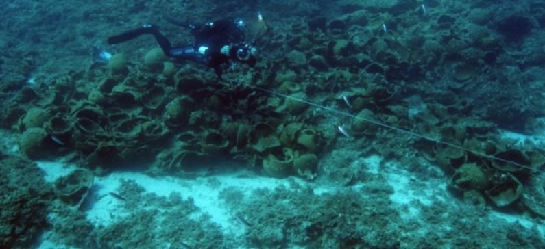 Ακόμα 8 ναυάγια ανακαλύφθηκαν έξω από τους Φούρνους
