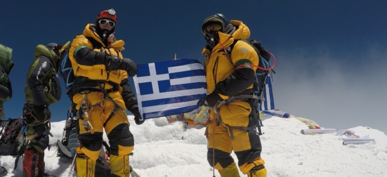Greek mission conquers Manaslu