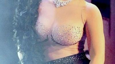 Μαρία Κορινθίου τεράστιο στήθος