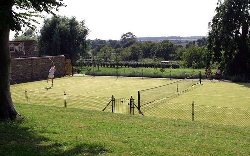 Obelisk tennis court fencing by En Tout Cas