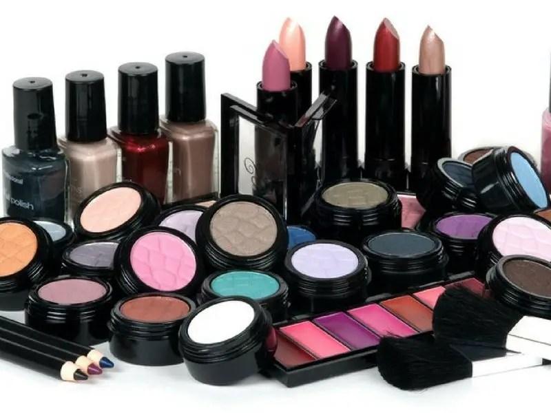 Ten Minute Makeup Tips - Ellis James Designs Blog