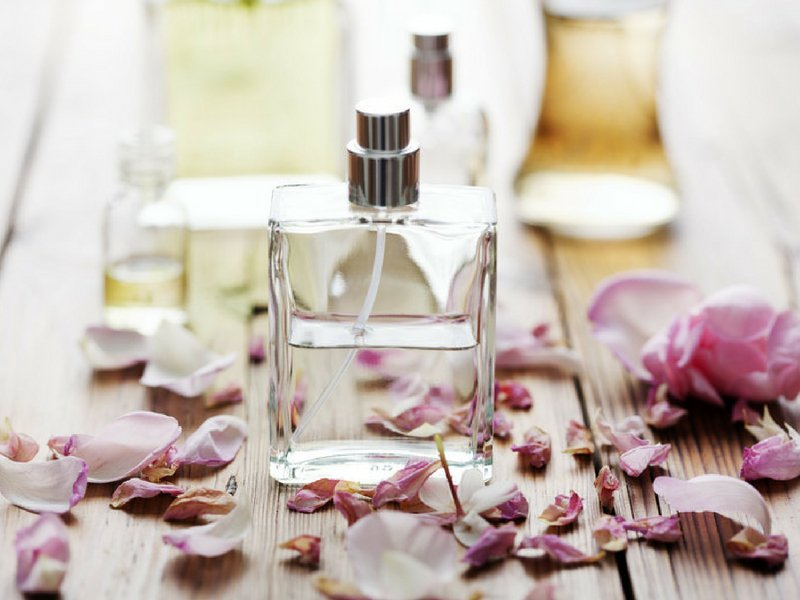 How To Smell Amazing Every Day - Ellis James Designs