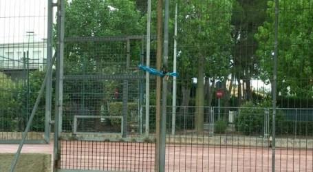 Proposen obrir els patis escolars a tots els veïns de Paterna