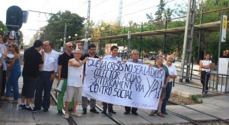 Los vecinos de Burjassot reclaman a la Generalitat la finalización de las obras que le competen