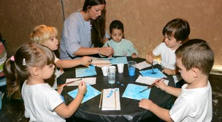 El Museo de la Rajoleria de Paiporta retoma su actividad con el taller 'Tu també pots ser pintor'