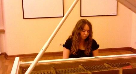 La pianista ucraniana Tatiana Shafran ofrece esta tarde un concierto en Moncada