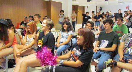La Fábrica de Mislata reúne a 150 jóvenes para celebrar el Día del Orgullo Friki