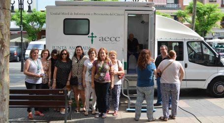 La campaña de AECC de prenvención del cáncer de piel ha visitado Aldaia