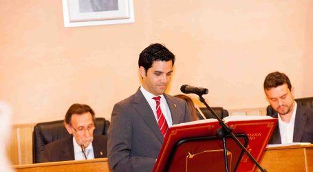 Comedores escolares, bibliotecas 24 horas y comedor para 500 niños, medidas del alcalde de Paterna