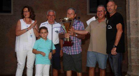 La penya 'El Canut' d'Alaquàs, premiada per fer la millor paella