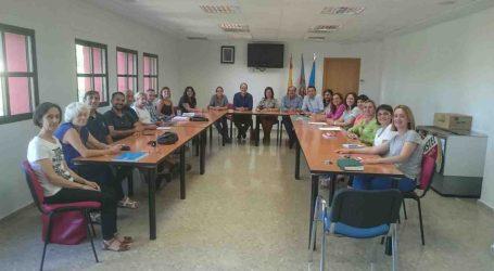 Carmen Martínez y Guillermo Luján se reúnen con los trabajadores de la Mancomunidad