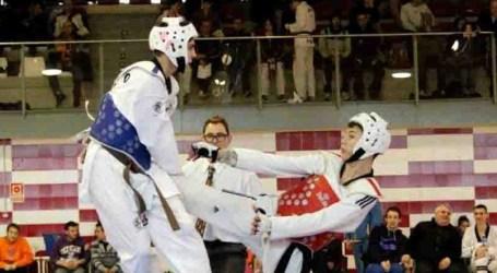 Paiporta participa con tres deportistas en el Campeonato de España Júnior de Taekwondo