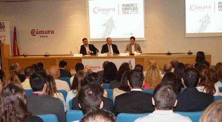Sagredo ayudará a las empresas que fomenten la contratación entre los vecinos de Paterna
