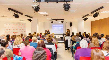 Mesa redonda sobre el cáncer de mama en Mislata