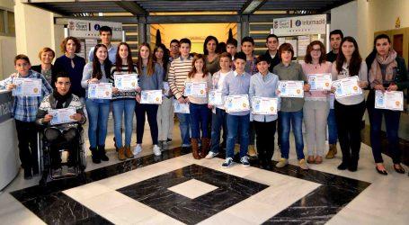 Quart de Poblet lliura els Premis al Mèrit Escolar
