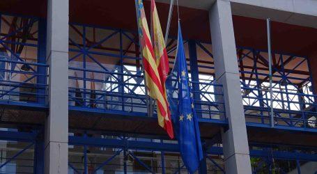 La bandera de la Unió Europea oneja a mig pal en Xirivella