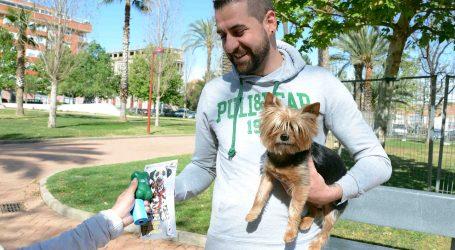 Paiporta continua amb la campanya de conscienciació sobre la recollida d'excrements