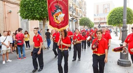 Cinco bandas de cornetas y tambores hicieron vibrar el entorno histórico de Mislata