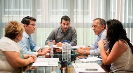 La Diputación y la Conselleria se unen para garantiza el futuro de las escuelas de adultos en los municipios