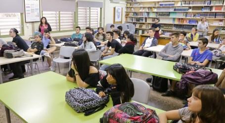 La Unió de Periodistes fomenta la lectura entre los estudiantes de Mislata