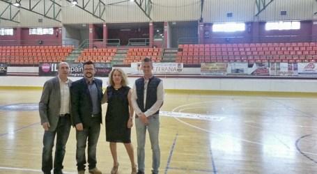 Las goteras de la discordia del polideportivo La Canaleta