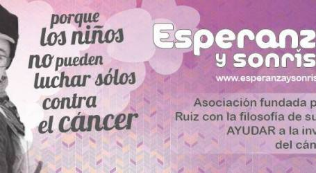 Stand solidario contra el cáncer infantil en Heron City de Paterna