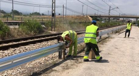 Instalan más de 4.000 metros de protección de vía en el tramo Torrent-Villanueva de Castellón