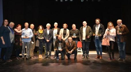 """La 12ª edición de la Mostra de Teatre Amateur de Benetússer premia a """"Jugadors"""" de Àgora Teatre de Carcaixent"""