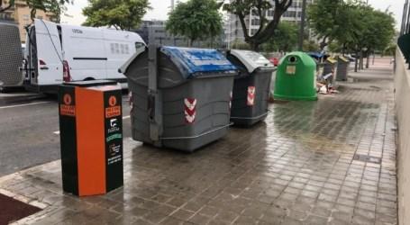 Paterna renueva y amplía el número de contenedores de reciclaje de aceite doméstico