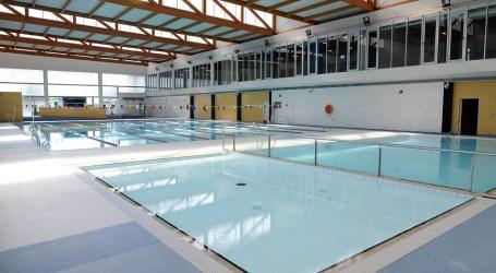Els clubs esportius de Paiporta tindran descomptes en l'ús de la piscina coberta